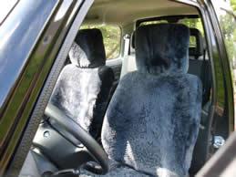 suzuki autositzbez ge aus lammfell. Black Bedroom Furniture Sets. Home Design Ideas